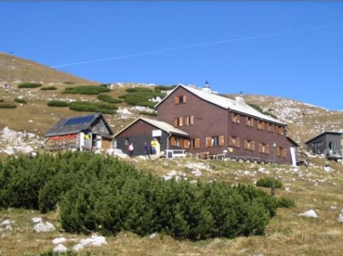 Foto: winsch / Wander Tour / Hohe Veitsch über Rotsohl und Teufelsteig / Graf Meran Schutzhaus auf 1835m / 16.07.2008 15:10:39