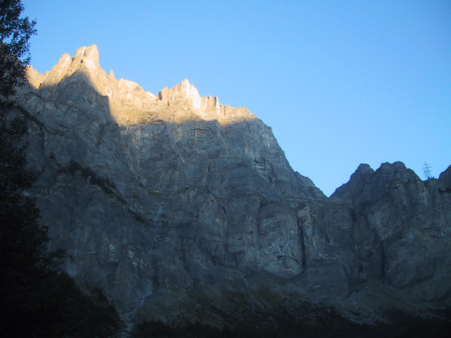 Foto: Wolfgang Lauschensky / Klettersteig Tour / Klettersteig Gemmi - Daubenhorn / Daubenhorn-Südwand / 06.10.2011 01:04:20