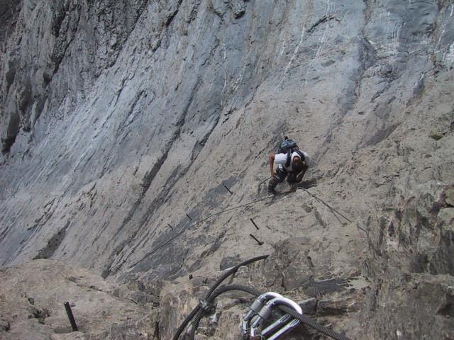 Foto: Wolfgang Lauschensky / Klettersteig Tour / Klettersteig Gemmi - Daubenhorn / Zapfenanstieg / 06.10.2011 01:00:39