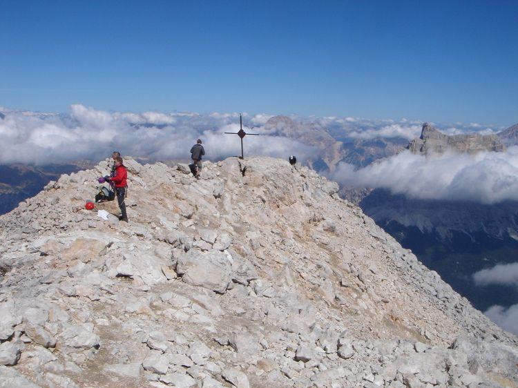 Foto: Manfred Karl / Klettersteig Tour / Civetta Überschreitung - Via ferrata degli Alleghesi und Abstieg über Via ferrata Attilio Tissi / Der höchste Punkt der Civetta / 19.07.2008 14:17:06