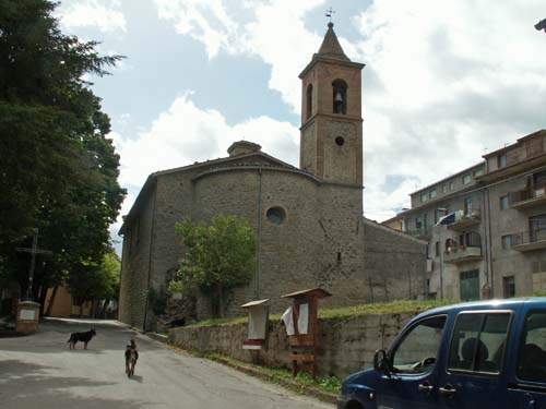 Foto: lobivia / Wander Tour / Wandertage Abruzzen: Etappe 3 Paladini - Pietracamela / Kirche von Nerito / 20.07.2008 14:01:20