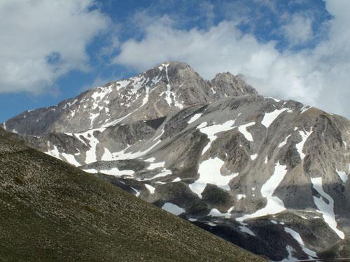 Foto: lobivia / Wander Tour / Wandertage Abruzzen: Etappe 5 Campo Imperatore - Castel del Monte / Corno Grande / 21.07.2008 18:50:13