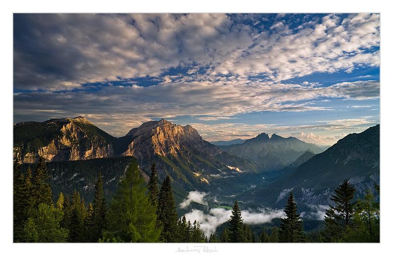 Foto: AndreasResch / Wander Tour / Gstatterboden - Kühboden - Tamischbachturm - Ennstaler Hütte - Gstatterboden / Abendstimmung - Blick auf Hochtorgruppe und Reichenstein / 03.08.2008 21:44:42