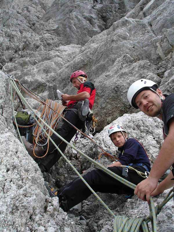 Foto: balu_fds / Kletter Tour / Normalroute Kleine Sulzfluh IV+/A1 / Orientierung in der Route / 23.08.2008 20:23:53