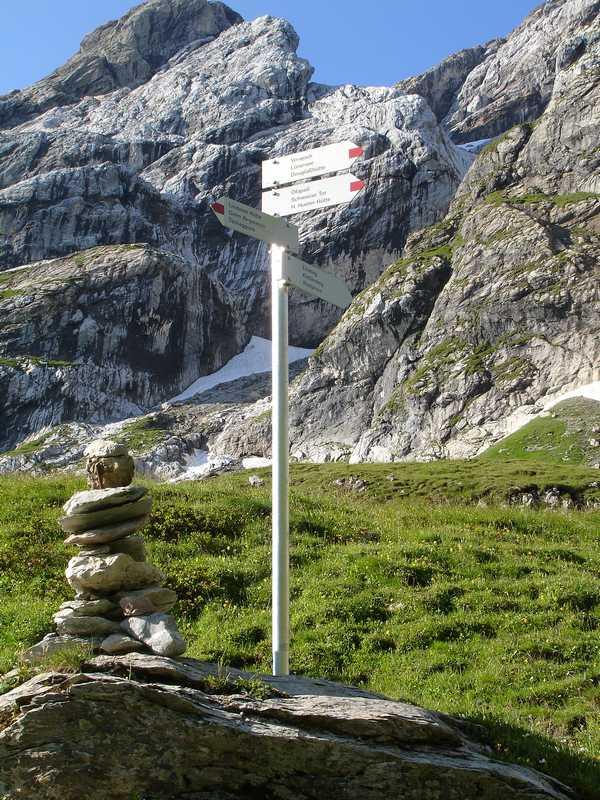 Foto: balu_fds / Klettersteig Tour / Klettersteig Blodigrinne auf die Drusenfluh / Einstieg kurz vor dem Öfapass (von der Lindauer Hütte kommend) / 23.08.2008 20:51:02