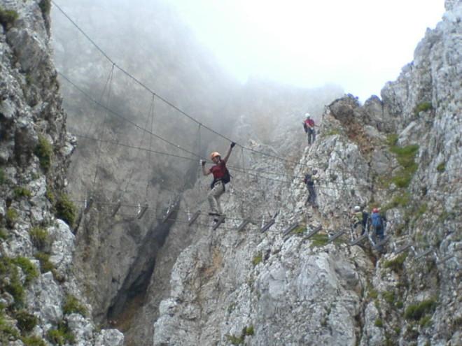 Foto: winsch / Klettersteig Tour / Koschutnikturm, ÖTK Steig / Seilbrücke / 20.09.2009 18:16:39