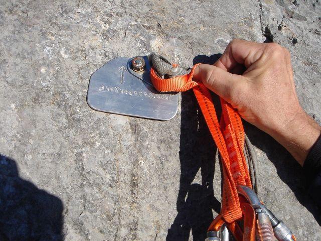 Foto: Manfred Karl / Kletter Tour / Anfängerfreuden V- / Deutlicher Hinweis beim Einstieg / 05.09.2008 21:05:58