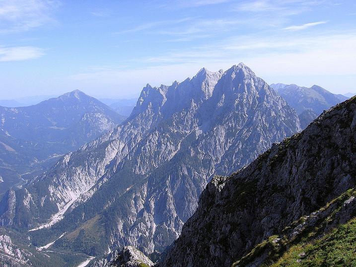 Foto: Andreas Koller / Wander Tour / Mödlinger Hütte und Pfarrmauer (1995 m) / Die Hochtorgruppe im O (2369 m) / 08.09.2008 22:20:25