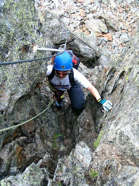 Foto: Andreas Koller / Klettersteig Tour / Flimspitze Klettersteig (2929m) / Schlüsselstelle: der steile Kamin / 08.09.2008 23:13:14