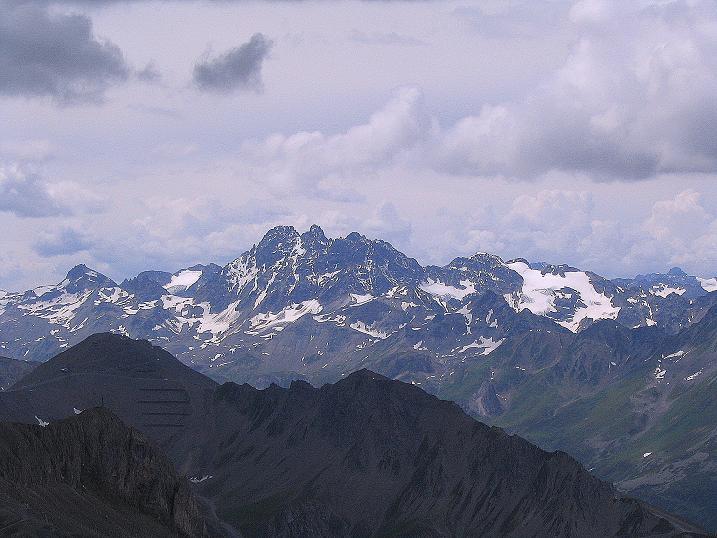 Foto: Andreas Koller / Klettersteig Tour / Flimspitze Klettersteig (2929m) / Blick nach S auf das Fluchthorn (3399 m) in der Silvretta / 08.09.2008 23:09:47