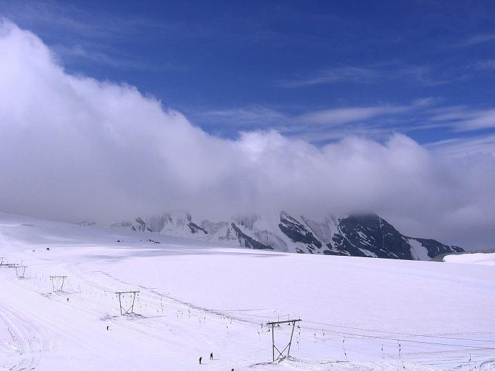 Foto: Andreas Koller / Wander Tour / Vom Monte Livrio auf die Hohe Schneide (3434m) / Die Hohe Schneide noch im Nebel / 09.09.2008 23:13:00