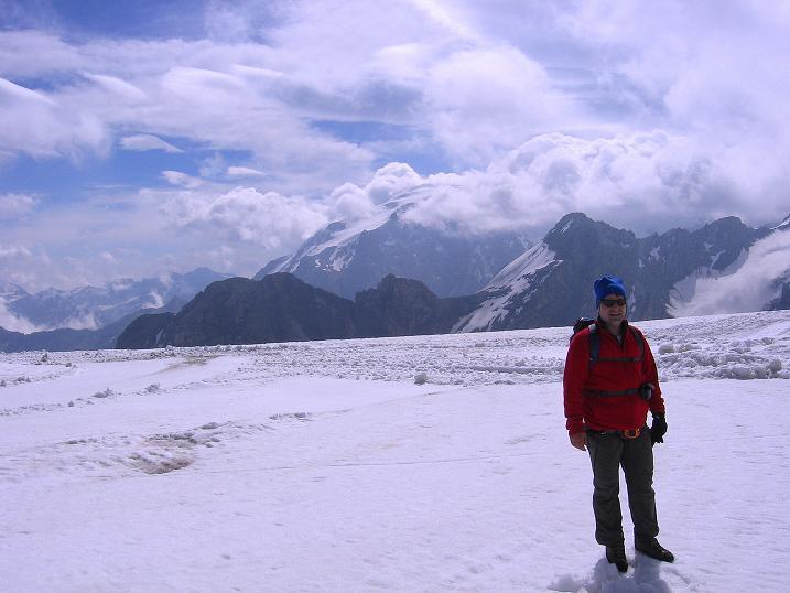 Foto: Andreas Koller / Wander Tour / Vom Monte Livrio auf die Hohe Schneide (3434m) / Blick vom Ebenferner zum Ortler (3905 m) / 09.09.2008 23:12:45