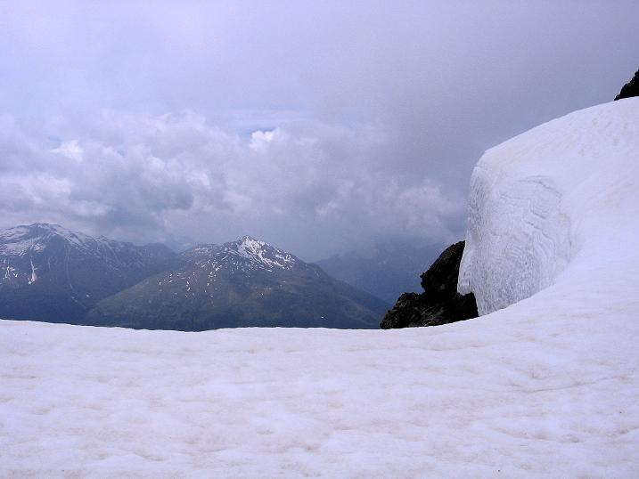 Foto: Andreas Koller / Wander Tour / Vom Monte Livrio auf die Hohe Schneide (3434m) / Wechte am Grat / 09.09.2008 23:09:16