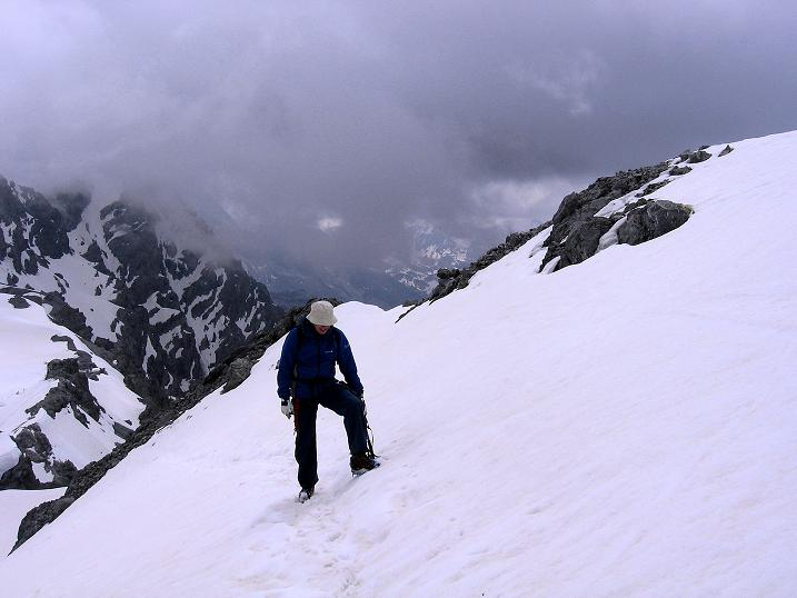 Foto: Andreas Koller / Wander Tour / Vom Monte Livrio auf die Hohe Schneide (3434m) / Am überfirnten Grat / 09.09.2008 23:08:06