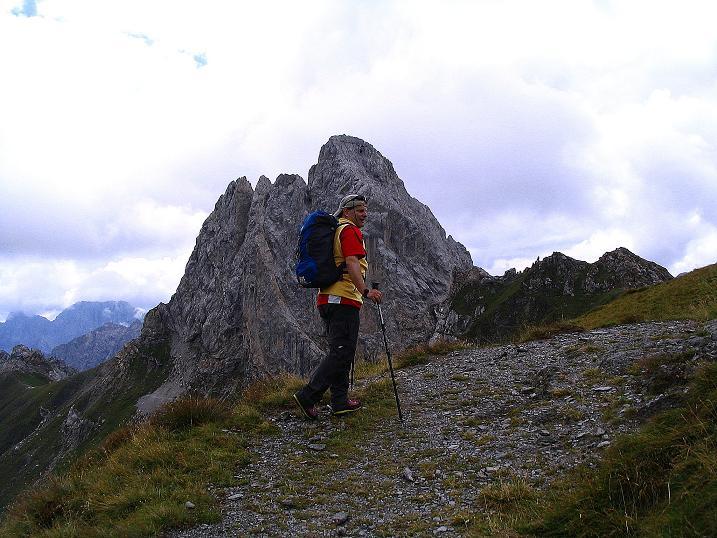 Foto: Andreas Koller / Klettersteig Tour / Via Sartor auf den Hochweißstein / Monte Peralba (2694m) / Anstieg vor dem Monte Chiadenis (2490 m) / 10.09.2008 00:08:26