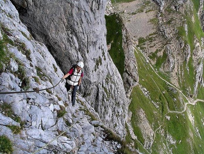 Foto: Andreas Koller / Klettersteig Tour / Via Sartor auf den Hochweißstein / Monte Peralba (2694m) / Querung in der steilen S-Wand / 10.09.2008 00:04:32