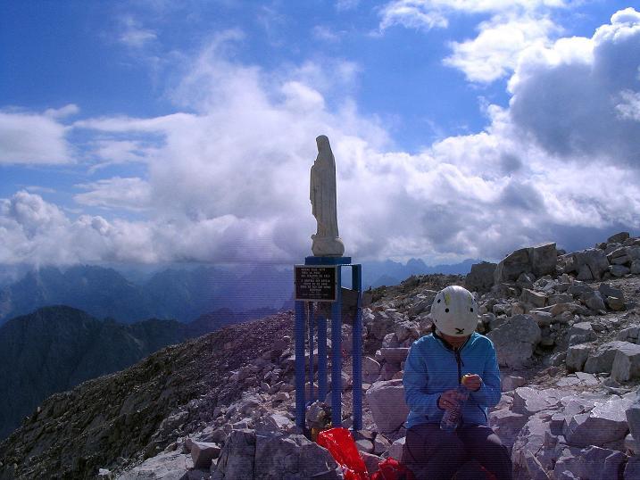Foto: Andreas Koller / Klettersteig Tour / Via Sartor auf den Hochweißstein / Monte Peralba (2694m) / Gipfelrast unter der Madonna / 09.09.2008 23:59:20