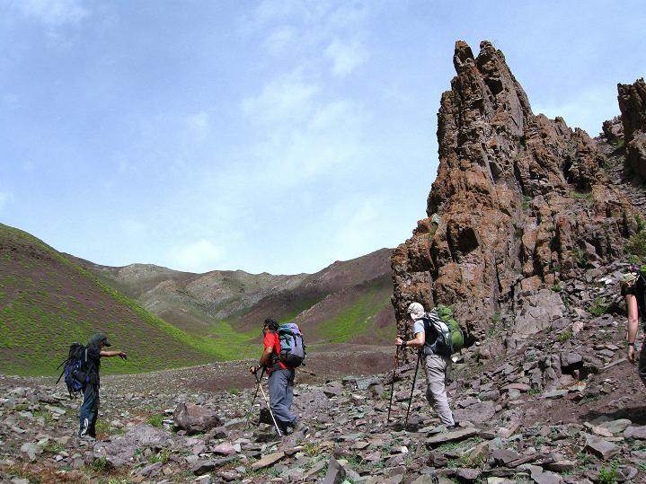 Foto: Andreas Koller / Wander Tour / Vom Stok Gompa auf den Stok Ri (5002m) / Bizarre Landschaft vor dem Pass / 10.09.2008 01:00:07