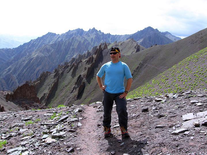 Foto: Andreas Koller / Wander Tour / Vom Stok Gompa auf den Stok Ri (5002m) / Rast kurz vor dem Pass / 10.09.2008 00:59:39