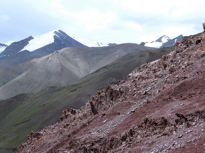 Foto: Andreas Koller / Wander Tour / Vom Stok Gompa auf den Stok Ri (5002m) / Kurz vor dem Pass Blick in die Stok Kangri Range / 10.09.2008 00:59:08