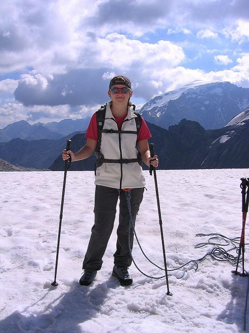 Foto: Andreas Koller / Wander Tour / Historische Tour auf die Payerspitze (3446m) / Startbereit zur Gletschertour / 11.09.2008 03:22:18