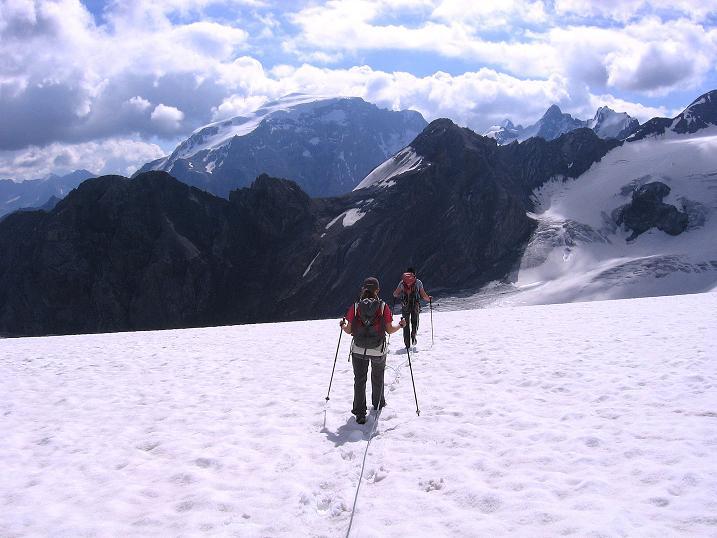 Foto: Andreas Koller / Wander Tour / Historische Tour auf die Payerspitze (3446m) / Abstieg zum Madatschferner / 11.09.2008 03:21:16