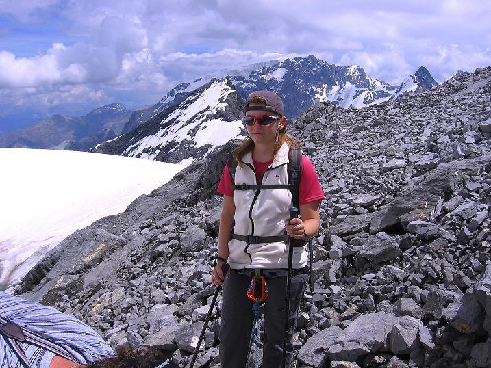 Foto: Andreas Koller / Wander Tour / Historische Tour auf die Payerspitze (3446m) / Ortler vom Gletschersee gesehen. / 11.09.2008 03:11:23