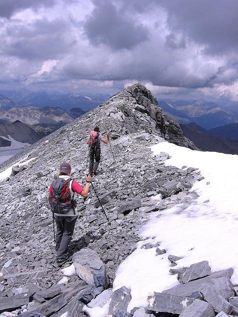 Foto: Andreas Koller / Wander Tour / Historische Tour auf die Payerspitze (3446m) / Der S-Grat zur Geisterspitze / 11.09.2008 03:06:05