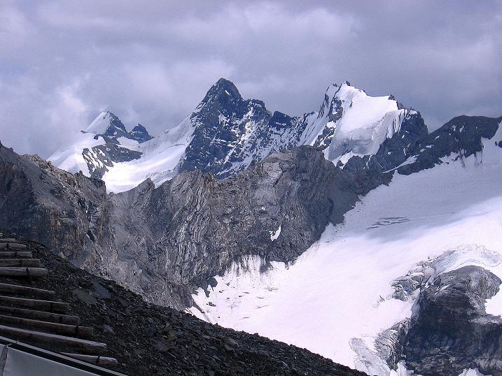 Foto: Andreas Koller / Wander Tour / Historische Tour auf die Payerspitze (3446m) / Blick nach SO auf die Trafoier Eiswand / 11.09.2008 03:01:59