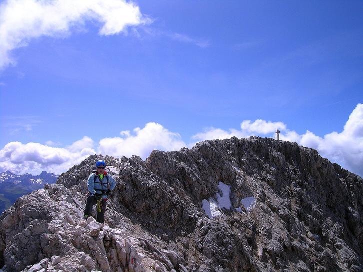 Foto: Andreas Koller / Klettersteig Tour / Kesselkogel Westroute (3002m) / Die letzten Meter am teilweise ausgesetzten Grat / 11.09.2008 23:28:42