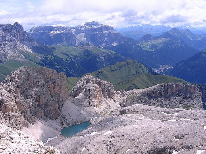 Foto: Andreas Koller / Klettersteig Tour / Kesselkogel Westroute (3002m) / Blick zur Sella (3152 m) und in den Antermoia-Kessel / 11.09.2008 23:27:39