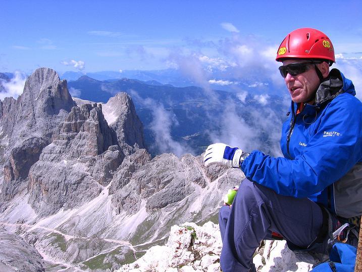Foto: Andreas Koller / Klettersteig Tour / Kesselkogel Westroute (3002m) / Blick zur Rosengartenspitze (2981 m) / 11.09.2008 23:26:36