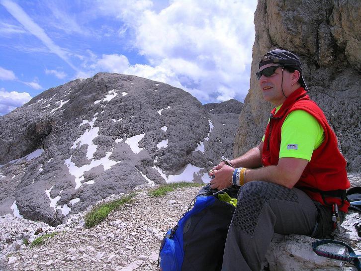 Foto: Andreas Koller / Klettersteig Tour / Kesselkogel Westroute (3002m) / Rast im Antermoia-Kar / 11.09.2008 23:23:35