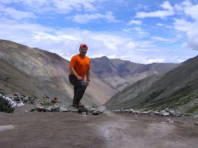 Foto: Andreas Koller / Wander Tour / Über den Ganda Ri (5113m) ins Markha Valley / Pause auf 4400 m beim Tea Tent / 12.09.2008 00:19:27