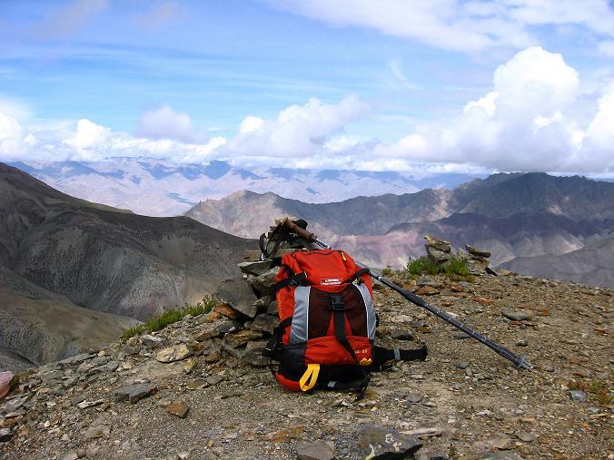 Foto: Andreas Koller / Wander Tour / Über den Ganda Ri (5113m) ins Markha Valley / Der Ganda Ri Gipfel ist erreicht / 12.09.2008 00:15:13