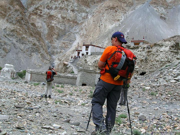 Foto: Andreas Koller / Wander Tour / Über den Ganda Ri (5113m) ins Markha Valley / Ankunft in Skiu / 12.09.2008 00:11:11