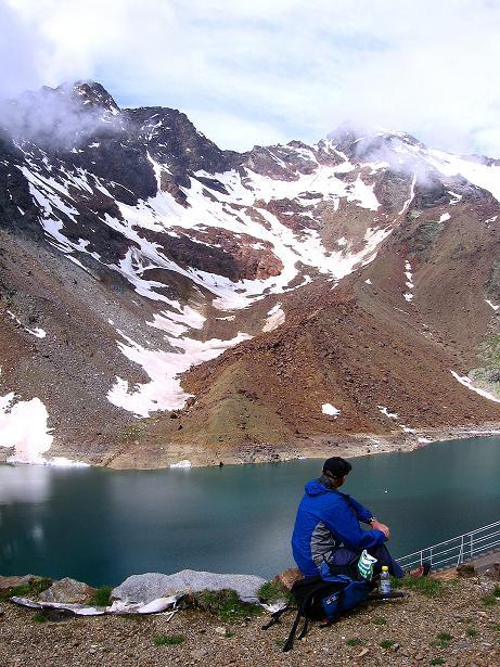 Foto: Andreas Koller / Wander Tour / Vom Grünsee auf die Zufrittspitze (3439m) / Der Grünsee mit Hinterer Eggenspitze (3443 m) / 12.09.2008 00:50:22