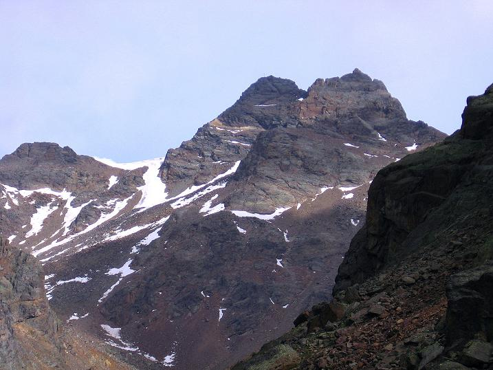 Foto: Andreas Koller / Wander Tour / Vom Grünsee auf die Zufrittspitze (3439m) / Zufrittspitze von der Hütte aus gesehen / 12.09.2008 00:49:59