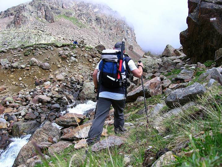Foto: Andreas Koller / Wander Tour / Vom Grünsee auf die Zufrittspitze (3439m) / Bald kommt eine Wegverzweigung (Eggenspitze / Zufrittspitze) / 12.09.2008 00:49:22