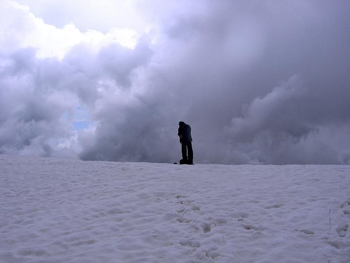Foto: Andreas Koller / Wander Tour / Vom Grünsee auf die Zufrittspitze (3439m) / Zurück aus dem Gewitter / 12.09.2008 00:45:19