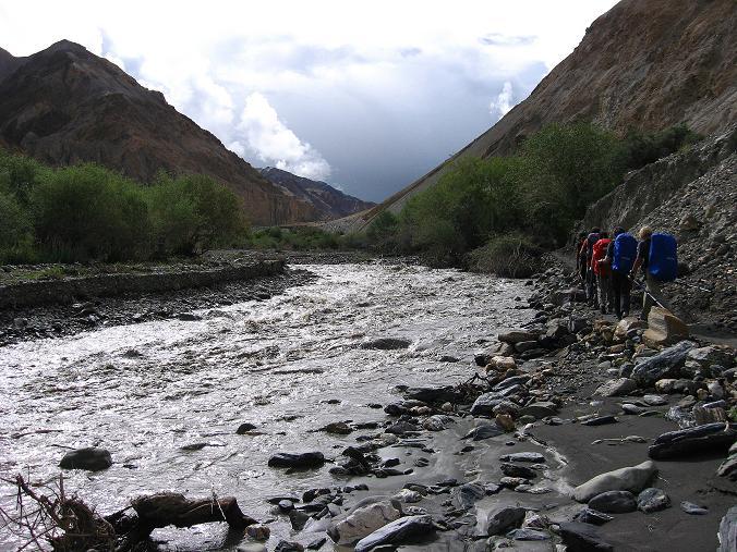 Foto: Andreas Koller / Wander Tour / Durch das Markha Valley nach Tachuntse (4406m) / Der Markha River / 12.09.2008 01:28:05