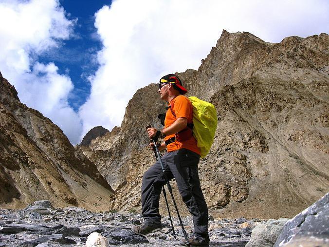 Foto: Andreas Koller / Wander Tour / Durch das Markha Valley nach Tachuntse (4406m) / Unbenannate 5000er im Markha Valley / 12.09.2008 01:27:33