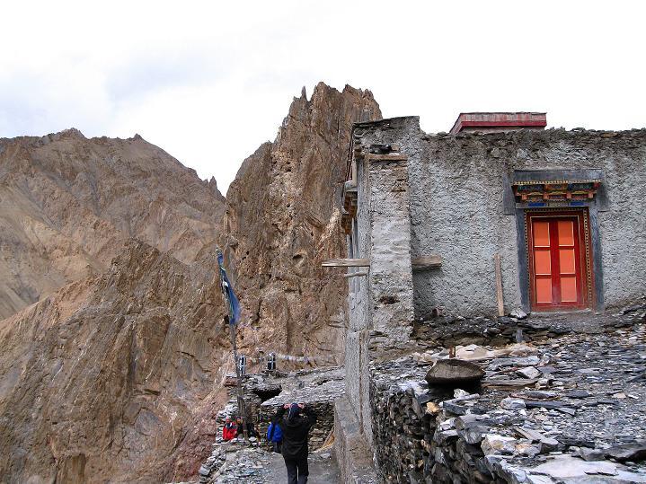 Foto: Andreas Koller / Wander Tour / Durch das Markha Valley nach Tachuntse (4406m) / Klosterbesichtigung im Markha Valley / 12.09.2008 01:23:57