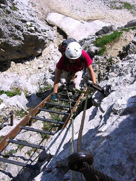 Foto: Andreas Koller / Klettersteig Tour / Alpspitze Ferrata und Überschreitung (2628m) / Einstieg über Leitern / 12.09.2008 15:48:49