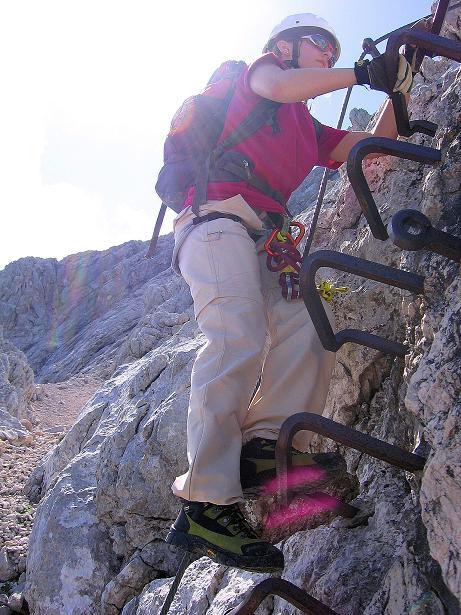 Foto: Andreas Koller / Klettersteig Tour / Alpspitze Ferrata und Überschreitung (2628m) / In der N-Flanke / 12.09.2008 15:45:16