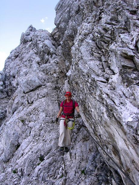 Foto: Andreas Koller / Klettersteig Tour / Alpspitze Ferrata und Überschreitung (2628m) / Gesicherte Passage am N-Wandsteig / 12.09.2008 15:38:41