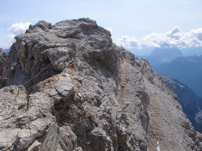 Foto: Manfred Karl / Klettersteig Tour / Via ferrata Marino Bianchi / Die letzten Meter vor dem Gipfel / 13.09.2008 14:58:06