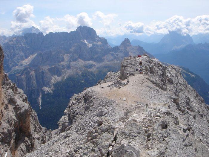 Foto: Manfred Karl / Klettersteig Tour / Via ferrata Marino Bianchi / Antelao (links hinten) - Sorapiss (Mitte) - Pelmo (rechts) / 13.09.2008 14:57:41