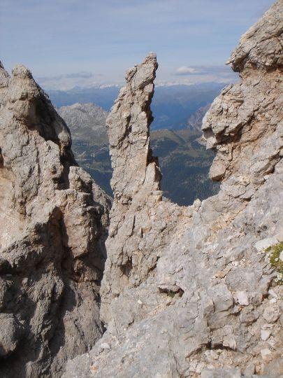 Foto: Manfred Karl / Klettersteig Tour / Via ferrata Marino Bianchi / Kecker Zacken neben dem Steig / 13.09.2008 14:50:28