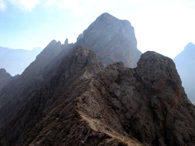Foto: Manfred Karl / Klettersteig Tour / Über den Maximiliansteig auf die Roterdspitze / Im Hintergrund der Gr. Roßzahn / 14.09.2008 10:40:30